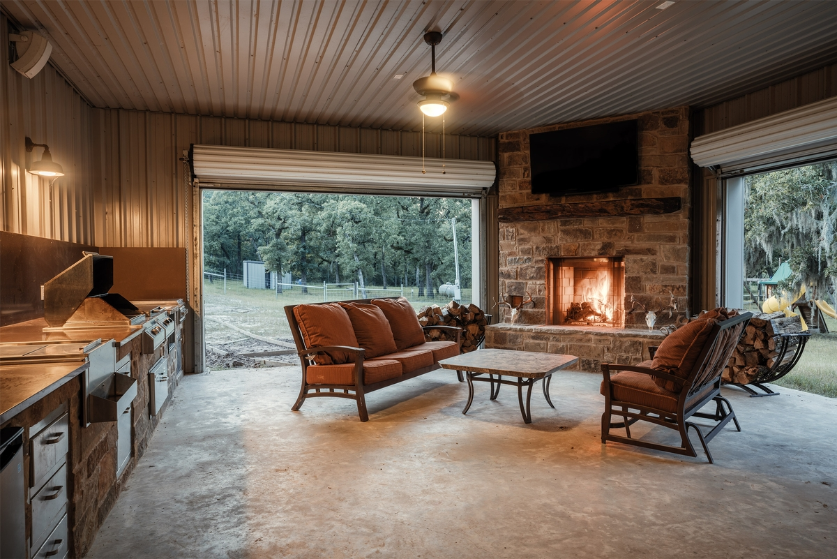 5-Star Lodging in the Pineywoods of East Texas